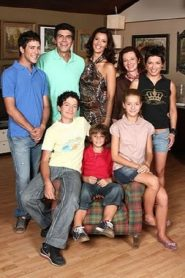 Ευτυχισμένοι Μαζί – Eftyhismenoi mazi (TV Series 2007–2009)